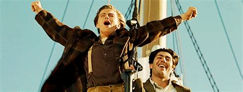 King Of The World titanic king of the world gif find on giphy
