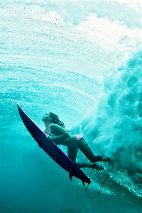 wallpaper girl surf terralonginqua underwater surf girl wallpaper