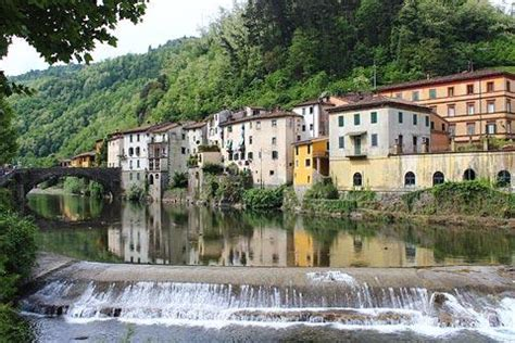 bagni di lucca spa visit bagni di lucca historic spa town in northern tuscany