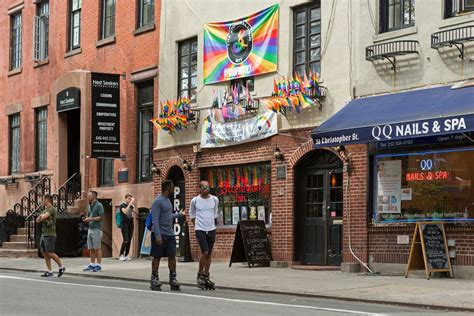 top lesbian bars nyc the best gay bars in new york city