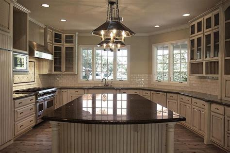 tan kitchen cabinets white kitchen cabinets tan countertops quicua com