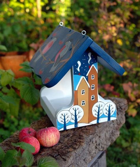 7 Pretty Bird Feeders by Adding Bird Feeders To Your Winter Garden Easy Ways To