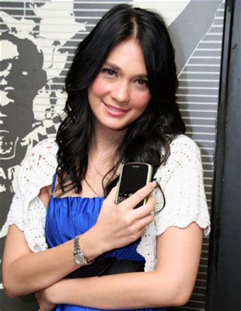 luna maya 2011 main film terbaru artis bokep terbaru foto bugil luna maya