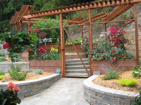 Fencing Ideas For Vegetable Gardens Vegetable Garden Fence Ideas Deer Pdf
