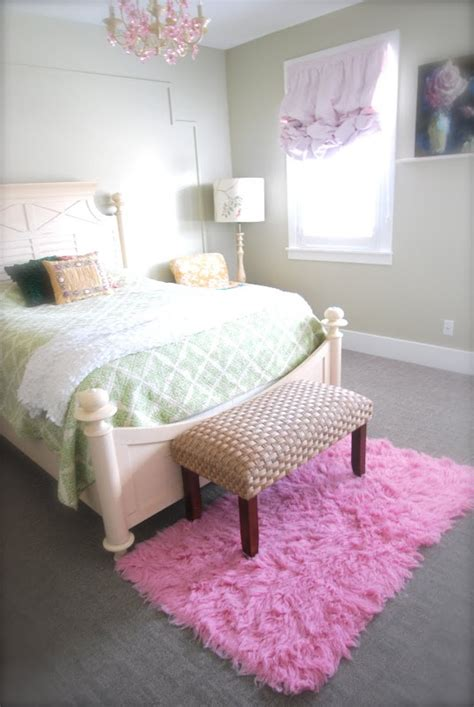 pink bedroom rug girls bedroom pink flokati rug seagrass bench pink 12847 | 571d2cbb2419329d53984632d7a6b28c girls bedroom pink girl bedrooms