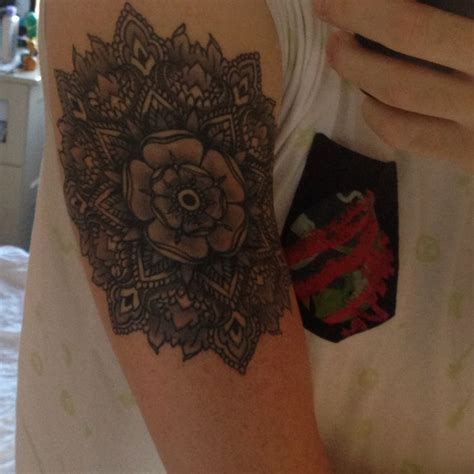 mandala tattoo yorkshire my finished yorkshire rose tattoo general tattoos