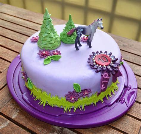 kuchen kindergeburtstag pferd aller anfang ist pferde geburtstags torte