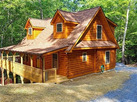 Log Cabin With Tub One Stay by Brand New Log Cabin With Tub On 5 Vrbo