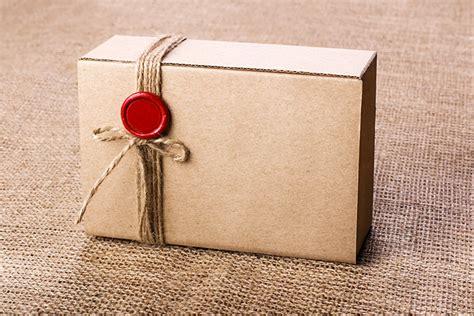 15 Easy Cardboard Box Crafts For