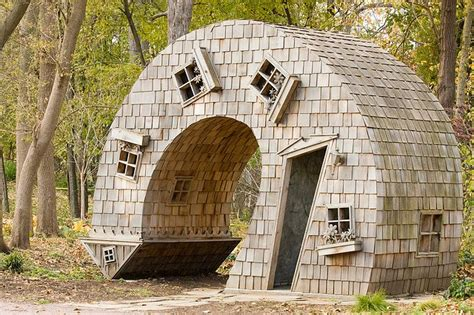 weird house mindblowing planet earth strange house around the world