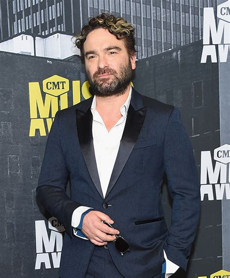 johnny galecki house big bang theory star johnny galecki s house burns down in fire