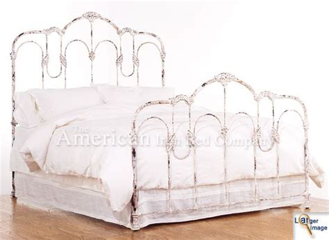 White Wrought Iron Headboards by Best 25 White Iron Beds Ideas On White Metal
