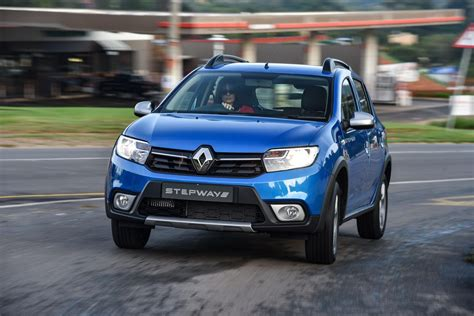 renault sandero stepway black renault sandero stepway 2017 specs pricing cars co za