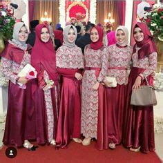Baju Bridesmaid Instagram 2 932 likes 20 comments inspirasi gaun kebaya muslim gaunkebayamuslim on instagram