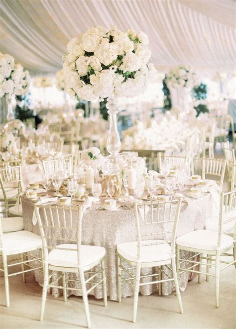 An All White Wedding That's Truly Timeless   dreamWedding