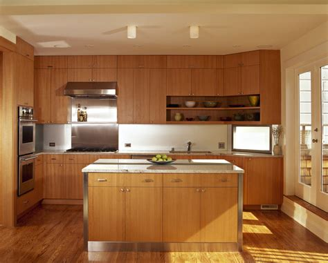 modern oak kitchen cabinets honey oak cabinets