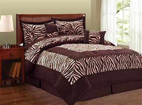 Zebra Print Comforter Sets by Zebra Print Bed Comforters Is In Style Again