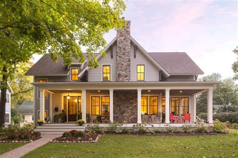 traditional house plans with porches 17 best ideas about covered front porches on pinterest