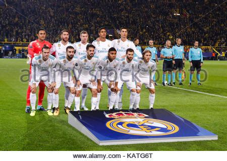 real madrid team group line up before the spanish supercup