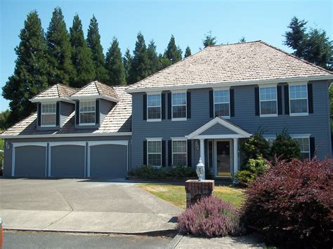 how big is a 3 car garage how car dependency turns suburban dreams into foreclosure