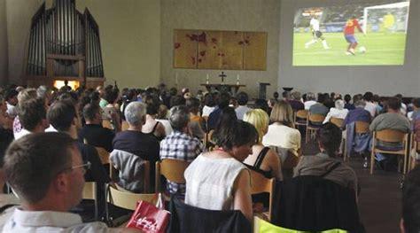 film semi nazi germans enjoy watching football with organ accompaniment