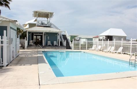 gulf shores beach house rentals availibility for hang 10 gulf shores al vacation rental