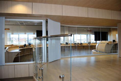 ufficio collocamento ponte san pietro pareti in vetro bergamo pareti divisorie pavimenti