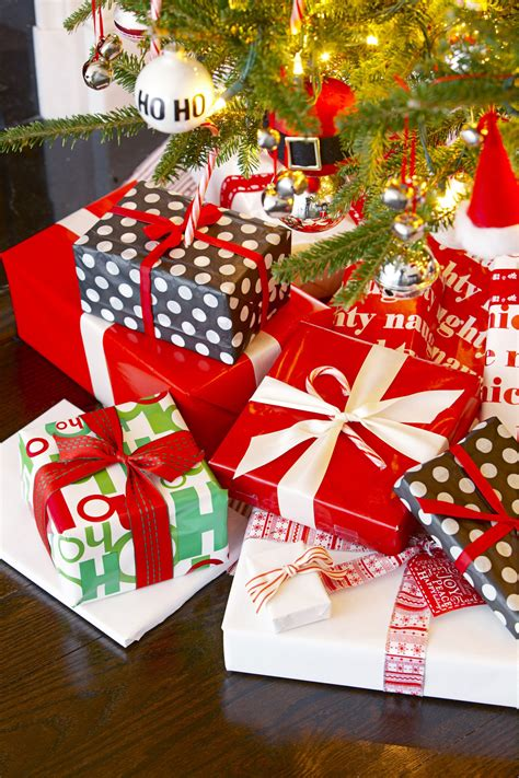 best christmas theme 33 unique gift wrapping ideas diy gift wrap
