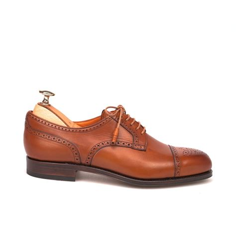 in the shoes derby office shoes in chestnut leather