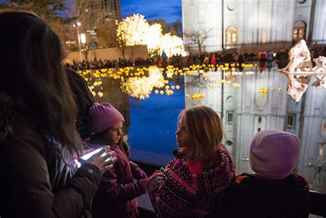 temple square flips the switch on 2016 christmas lights