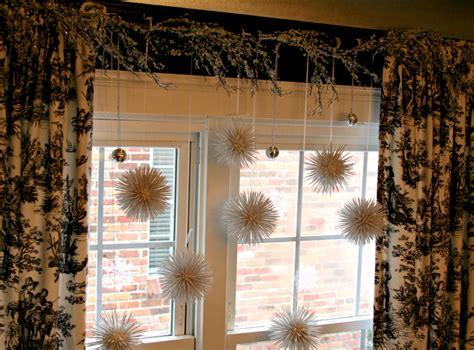 como decorar en navidad un salon ideas para decorar cortinas en navidad 2016