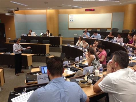 Mba 3 International Applicants by Mba Students Take To Singapore For Their Second