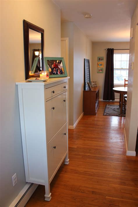 organizing   organized entryway