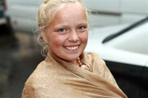 albino pubes file smiling blonde girl jpg wikimedia commons