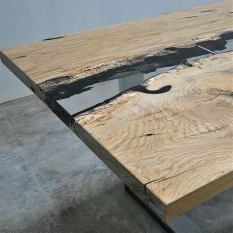 tavoli in rovere tavolo di design con piano in rovere e resina centrale fiume