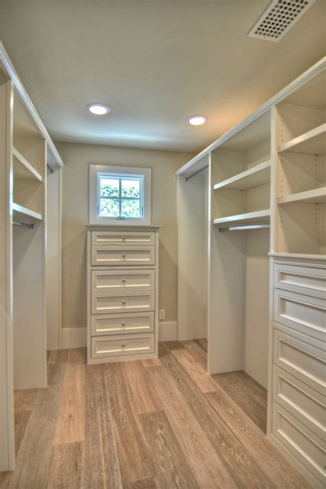 Walk In Closet Plans by Could You Telll Me The Dimensions On This Closet