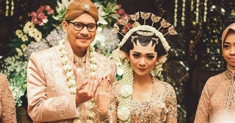 bacaan doa  pengantin  menikah islam popmama