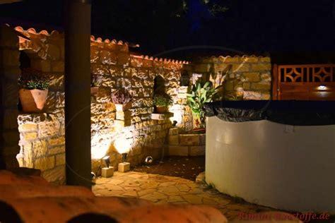 beleuchtung natursteinmauer teja curva farbe viellja castilla bilder