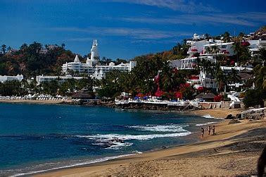 costalegre: las hadas resort anchorage beautiful!