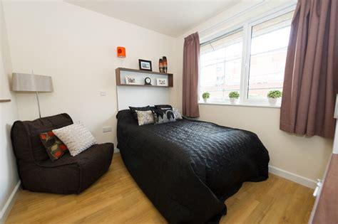 birmingham one bedroom flat 1 bed apartment the pavilion birmingham student accommodation livety