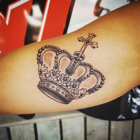 cross crown tattoo 55 best king and crown designs meanings