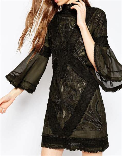 Deeja Lace P Da Premium image 3 of asos premium lace and crotchet mix tunic dress