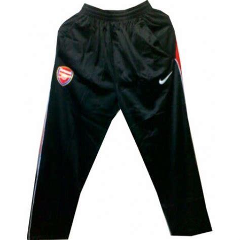 model celana olahraga terbaru