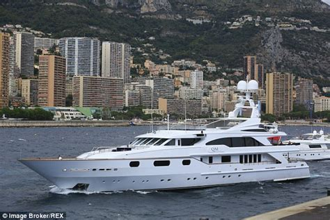 boat prices during recession yacht sales boom as economy recovers with 163 32million