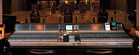 Twin Desk The Legacy Of The 88 Series Neve Console Universal Audio