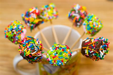 how to make marshmallow pops 9 steps with pictures