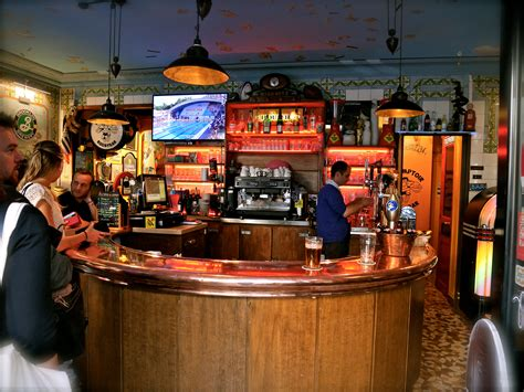 location comptoir bar the best sports bars in bars pubs time out