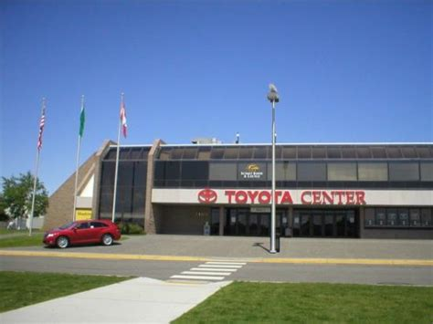 Toyota Of Tri Cities Kennewick Wa Tri Cities Coliseum Umm Toyota Centre Rather