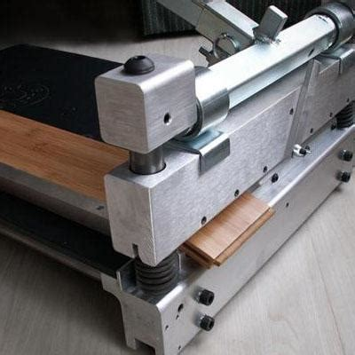 Laminate Flooring Shear For Hire From Hire Station.   Tool