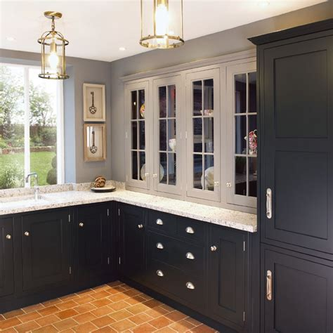 black shaker kitchen cabinets best 25 shaker style kitchens ideas on pinterest grey